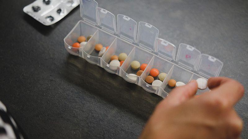 Risiko Sembarangan Minum Antibiotik Saat Flu atau Pilek