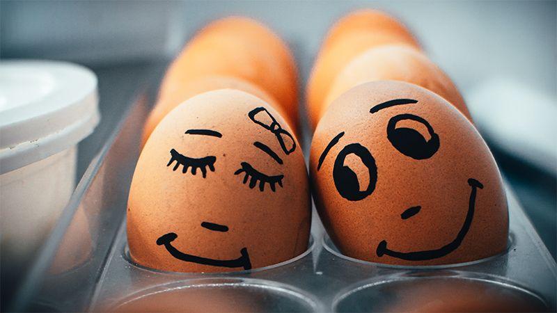 5 Bahaya Menyimpan Telur di Pintu Kulkas