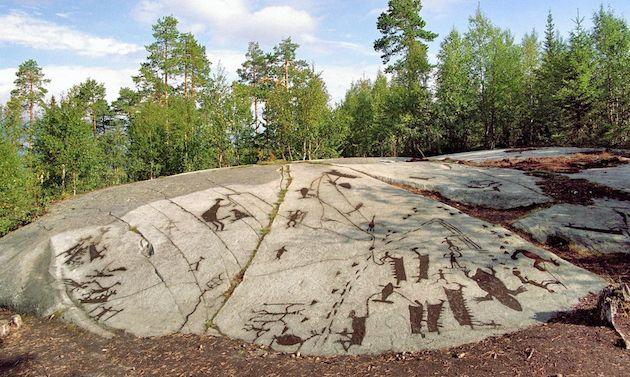 Pahatan Batu di Danau Onega dan Laut Putih