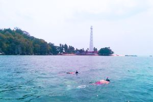 Liburan Main Air di Belitung
